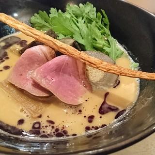 紫 くろ喜 - 料理写真:プレミアム鴨白湯そば+鴨牛蒡そぼろ飯 1500円