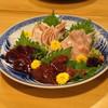 せら - 料理写真:鶏刺身の盛り合わせ (砂肝、レバー、心臓、ささ身の湯引き、モモ肉)