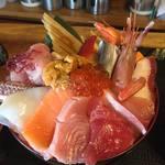 お食事酒処和 - 特上海鮮丼1800円