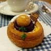 ブレッドアンドケーキ ソラ - 料理写真:紫芋のデニッシュ