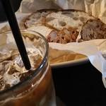 マザームーンカフェ - ドリンク&パン