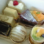 atelier H + - ケーキ①
