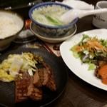 牛たん炭焼き 利久 - X'mas特別定食は2種類の牛タン料理