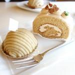 カフェ プラド - 通常のモンブランとミルクティー・ロールケーキ