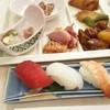 ホテルおかだ - 料理写真:食事は朝夕バイキングスタイルで…。こちらは夕食。