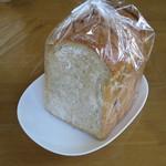ムール ア ラ ムール - 黒パン。