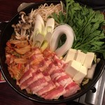 包丁や - 豚キムチ鍋(5人分)