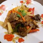 ベトナム料理クアンコム11 - ヤギのスパイシー炒め
