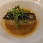 60496751 - 三河湾産鰆のポワレ 甘海老と香味野菜のビスクソース