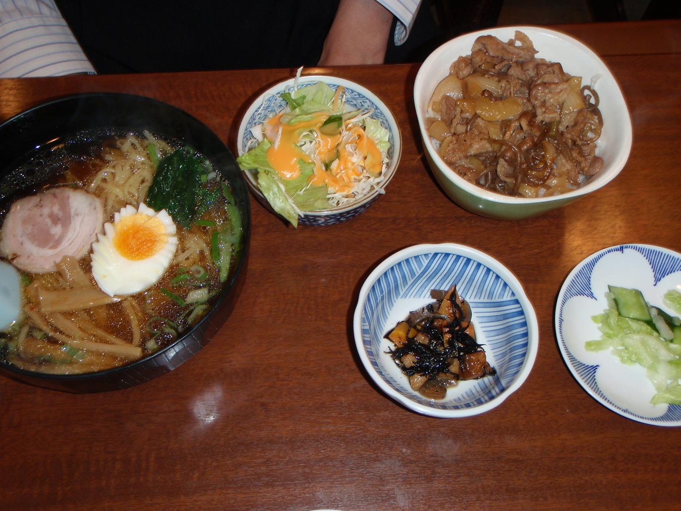 中華レストラン ポン太