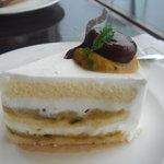 FLOUR - 限定ケーキ