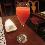 アニオン - シャンペンカクテル(ミモザ) 1500円