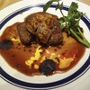 ビストロ リヨン - 料理写真:牛フィレとフォアグラのソテー ロッシーニ風  トリュフソース