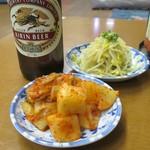 新楽井 - 白菜キムチ、カクテキ、もやしナムル