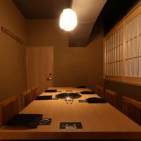 【最大18名】接待にも最適なテーブル式個室
