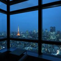 最上階から夜景が一望できる、贅沢な空間