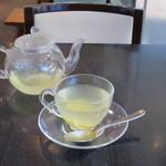 カフェ コムサ - ホットレモンジンジャー