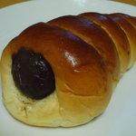関口フランスパン - チョココロネ(137円)☆なかなか重量感があります。