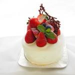 淡路たかたのケーキ - 料理写真:苺いっぱいホールケーキ 1月~6月まで
