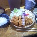 ひげかつ - 料理写真:上ロースかつ定食(2016.12)