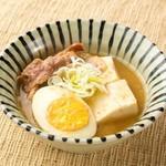 旬鮮酒場天狗 - 天狗名物料理「肉豆腐」は創業以来の伝統の味として、お客様に長くご好評を頂いております。