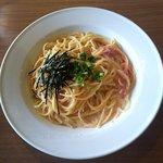 関内ビアホール トマト酒場 - 明太子のクリームパスタ(真上から)