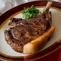 熟成牛骨付きリブロース約1.2kgを30分じっくりと ~パリ・セヴェロのスペシャリテ~