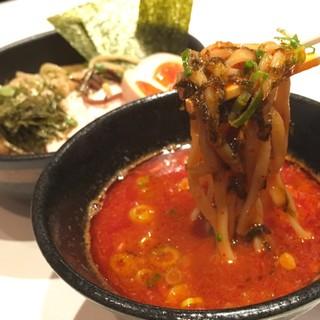 麺屋 こいけ - 料理写真:鶏つけそば旨辛鶏白湯スープ(激辛・普通盛・全部のせ)