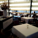 レストラン タテル ヨシノ 銀座 - レストランの雰囲気