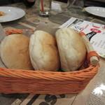 シカゴステーキ オーロラ - こちらで提供されるパンは、パンナガタの美味しいパンでした。