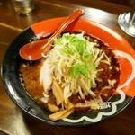 麺屋やだら - 黒KURO(しょうゆとんこつ)