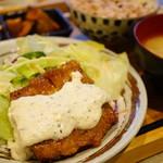ムモクテキカフェ - チキン南蛮プレート (¥1,150)