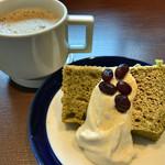 Gardens Pasta Cafe ONS - ★★★ 抹茶シフォンとカフェラテ