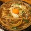 山本屋本店 - 料理写真:味噌煮込みうどん(かしわ)