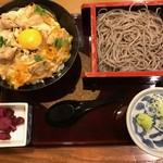 高田屋 - 親子丼とごまそばセット
