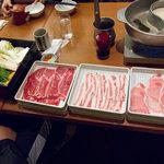 和食さと - 「さとしゃぶ・プレミアムコース」2499円の、スタートアップ状態。
