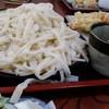 かどや - 料理写真:もりうどん(¥550)