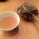 60828523 - 七福茶(小豆・黒豆・勝栗・昆布・白花・玄米・柚子・釜炒り茶)