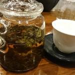 神山飯店 - 烏龍茶