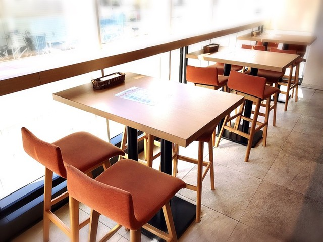 https://tabelog.ssl.k-img.com/restaurant/images/Rvw/60847/640x640_rect_60847225.jpg