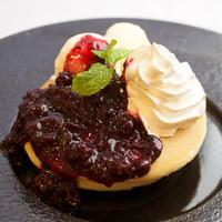 ベリーパンケーキ + ソフトドリンクセット