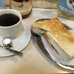 珈琲専門店 エース - ブレンドコーヒー&のりトースト