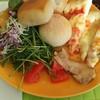 グランカフェ - 料理写真:サラダ、ピザ、パン