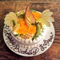 サプライズホールケーキ