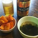 60942099 - 中瓶ビール+ランチにセットのカクテキ(二人前)とスープ
