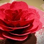 60965625 - フォアグラテリーヌとビーツで作ったバラ(軽くポスタライズ加工)
