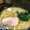 横浜家系ラーメン 町田商店33 - 料理写真:いい香りである。