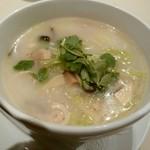 60977999 - 大山鶏と白菜の煮込み麺