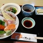 だいさ - 料理写真:海鮮丼セット