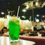 マヅラ喫茶店 - クリームソーダ